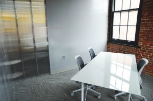 office-594120_1280