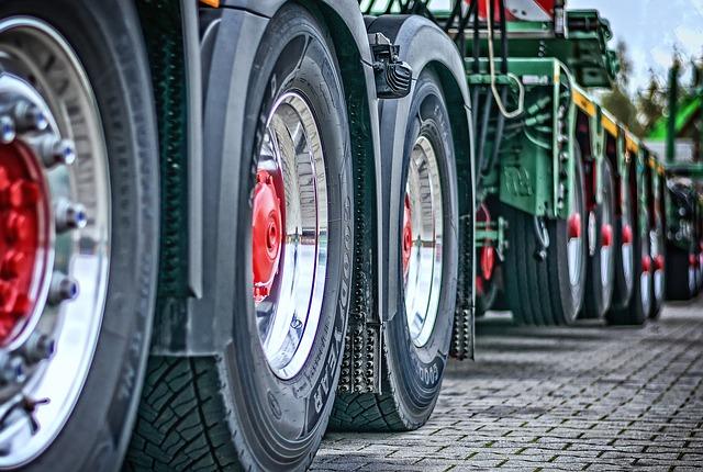pneu na nákladní vozy
